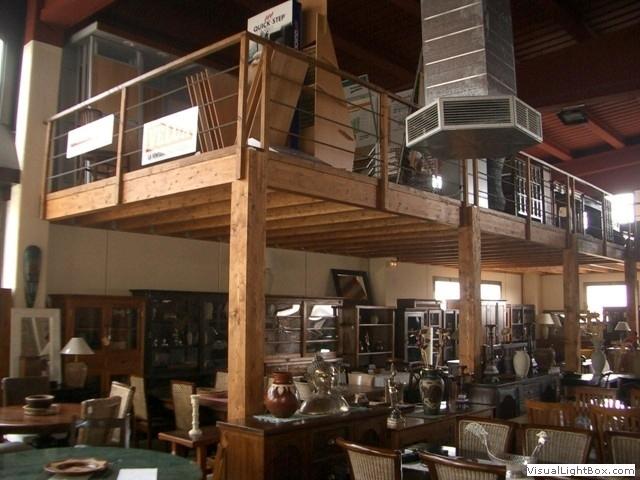 Altells de fusta fusteria ebenisteria confer alt standing for Casetes de fusta per jardi